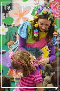 Foto de Mila en una recreación infantil